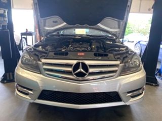 Mercedes Benz C250 Service